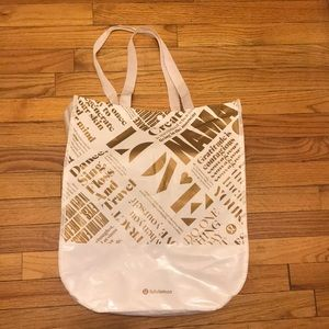 Lululemon big shopping bag